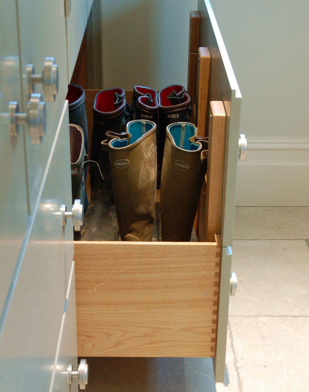 Elwes Boot Room
