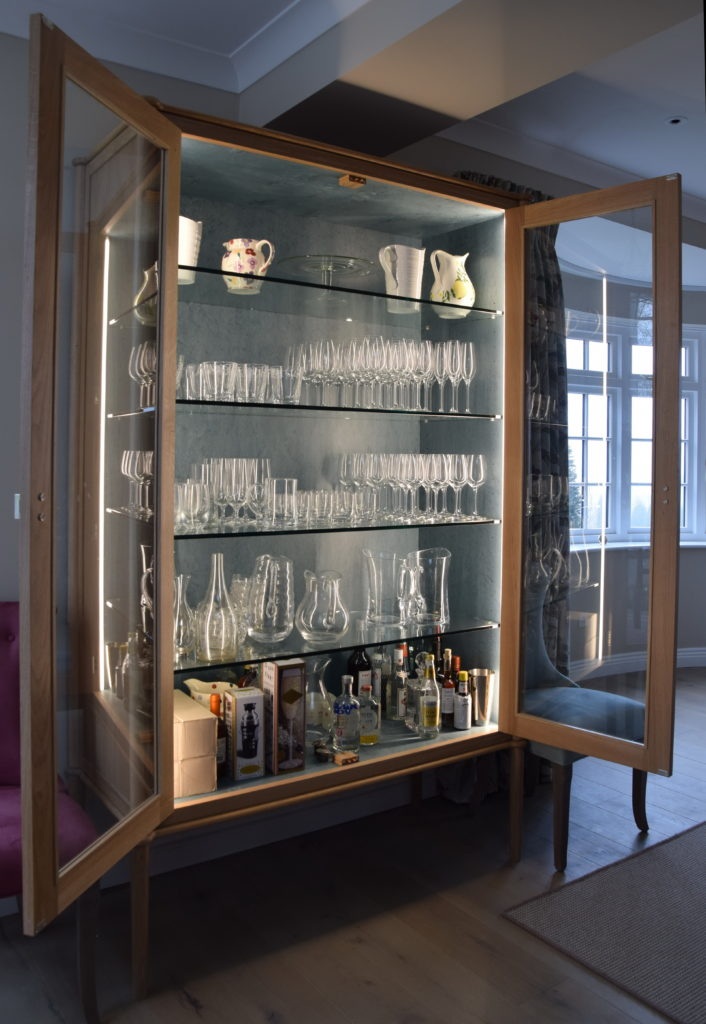 Design For Cabinet For Room: Glass Display Cabinet: Exceptional Design For A Living
